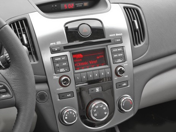 2010 Kia Forte - New Car Review featured image large thumb27