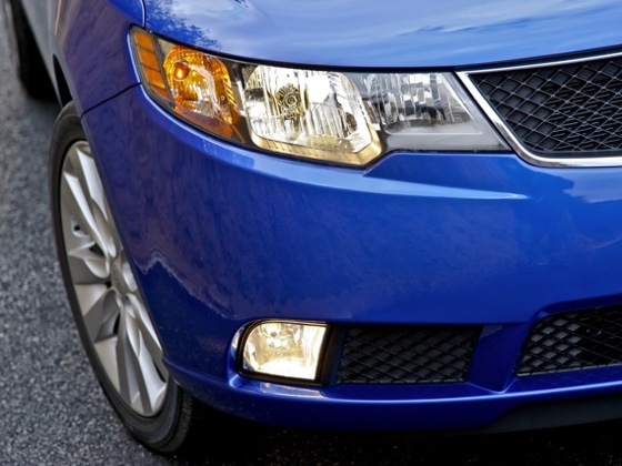2010 Kia Forte - New Car Review featured image large thumb35