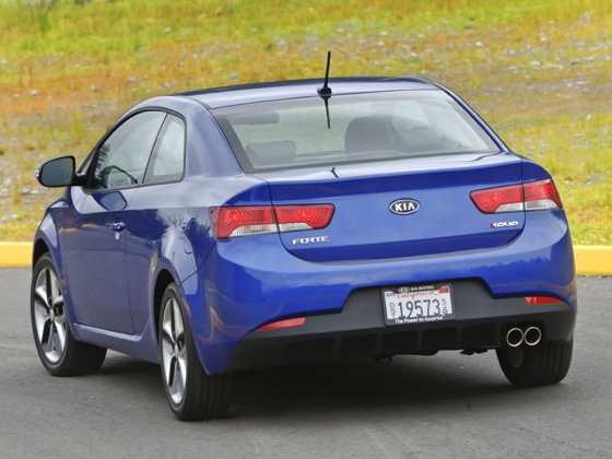 2010 Kia Forte - New Car Review featured image large thumb41