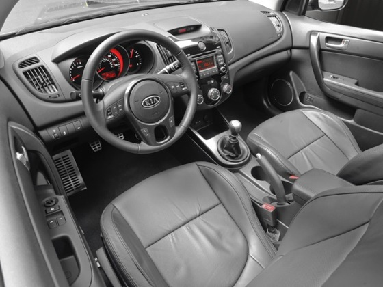 2010 Kia Forte - New Car Review featured image large thumb48
