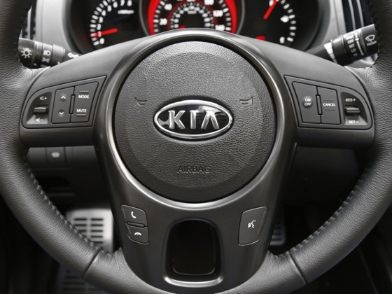 2010 Kia Forte - New Car Review featured image large thumb50