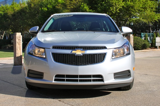 2011 Chevrolet Cruze - New Car Review featured image large thumb3
