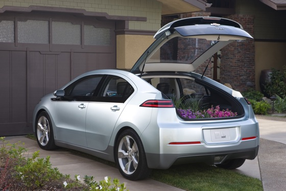 2011 Chevrolet Volt - First Drive featured image large thumb18