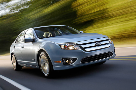2010 Ford Fusion Hybrid - Used Car Review featured image large thumb0