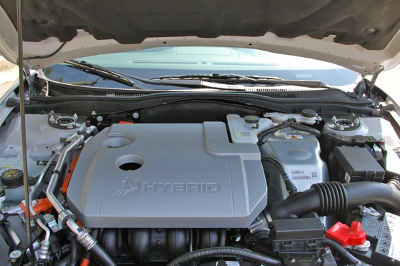 2011 Ford Fusion Hybrid - New Car Review featured image large thumb26