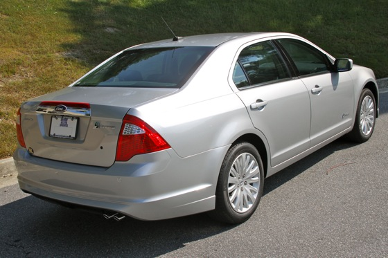 2011 Ford Fusion Hybrid - New Car Review featured image large thumb2