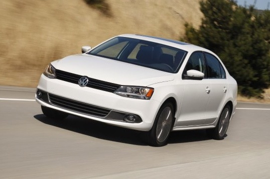 2011 Volkswagen Jetta Sedan - New Car Review featured image large thumb0