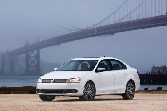 2011 Volkswagen Jetta Sedan - New Car Review featured image large thumb1