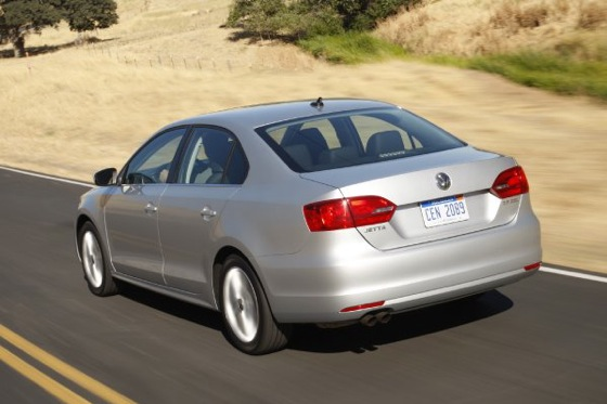 2011 Volkswagen Jetta Sedan - New Car Review featured image large thumb10
