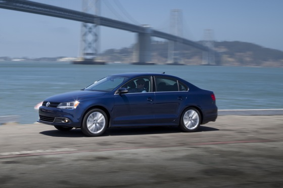 2011 Volkswagen Jetta Sedan - New Car Review featured image large thumb14