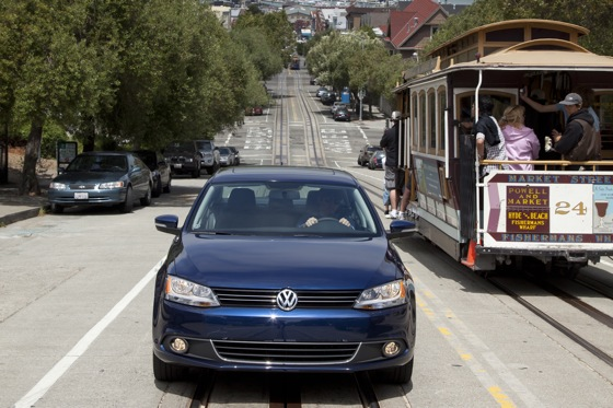 2011 Volkswagen Jetta Sedan - New Car Review featured image large thumb15