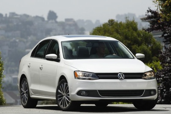 2011 Volkswagen Jetta Sedan - New Car Review featured image large thumb5