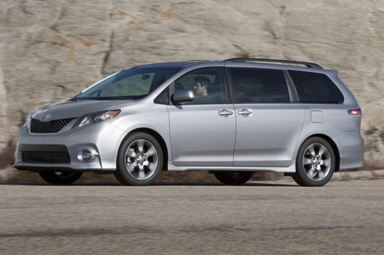 2011 Toyota Sienna - New Car Review featured image large thumb12