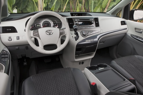 2011 Toyota Sienna - New Car Review featured image large thumb14