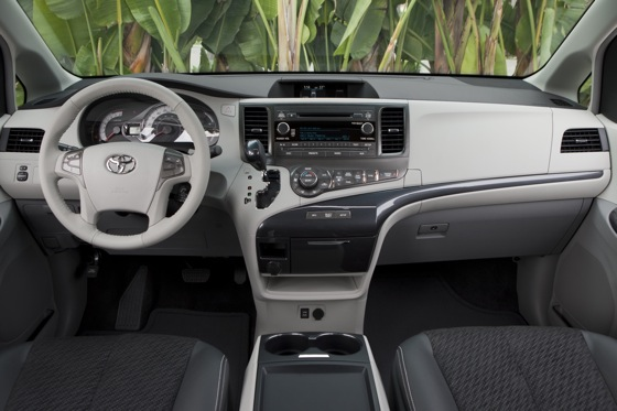 2011 Toyota Sienna - New Car Review featured image large thumb15