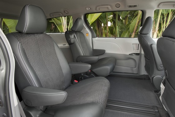 2011 Toyota Sienna - New Car Review featured image large thumb19
