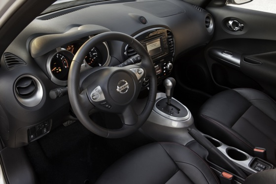 2011 Nissan Juke - New Car Review featured image large thumb19