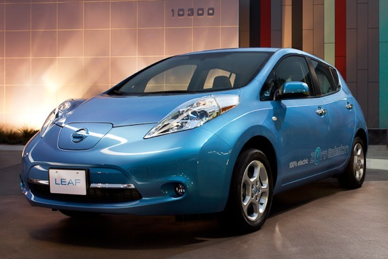 Experts Ask: Who Will Buy Electric Cars? featured image large thumb1