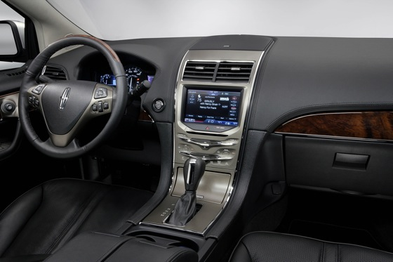 2011 Lincoln MKX - New Car Review featured image large thumb16