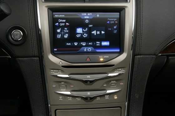 2011 Lincoln MKX - New Car Review featured image large thumb18
