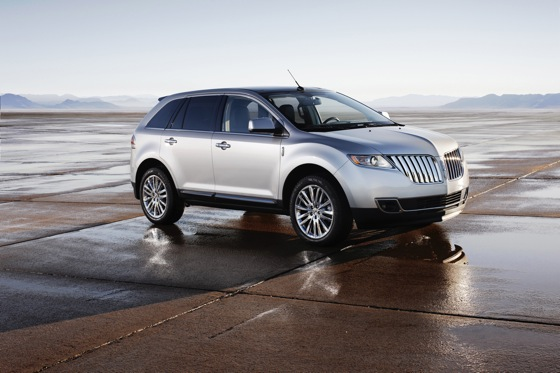 2011 Lincoln MKX - New Car Review featured image large thumb6