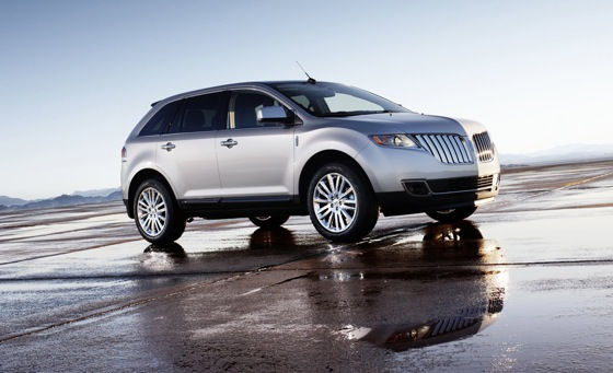 2011 Lincoln MKX - New Car Review featured image large thumb7