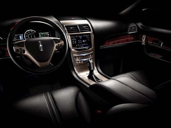2011 Lincoln MKX - New Car Review featured image large thumb9