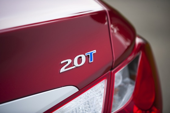 2011 Hyundai Sonata 2.0T: Who Needs a V6 Anyway? - New Car Review featured image large thumb14