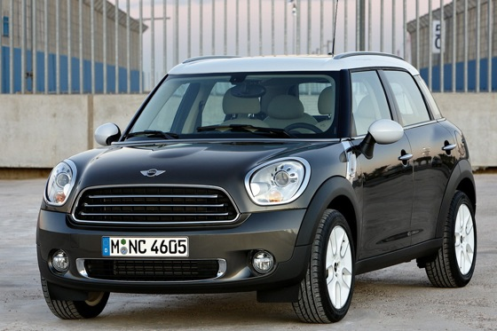 2011 Mini Cooper Countryman: Like a Mini, Only Bigger - New Car Review featured image large thumb10
