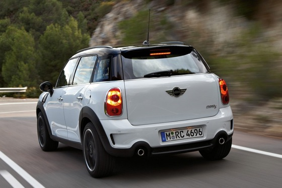 2011 Mini Cooper Countryman: Like a Mini, Only Bigger - New Car Review featured image large thumb15