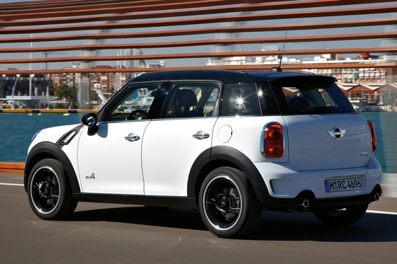 2011 Mini Cooper Countryman: Like a Mini, Only Bigger - New Car Review featured image large thumb16