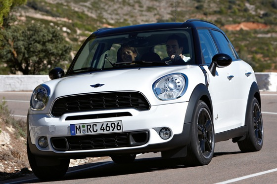2011 Mini Cooper Countryman: Like a Mini, Only Bigger - New Car Review featured image large thumb1