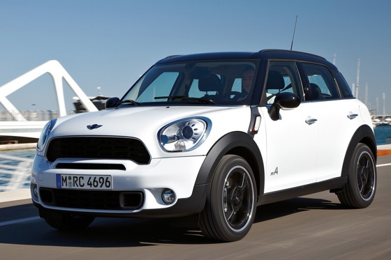 2011 Mini Cooper Countryman: Like a Mini, Only Bigger - New Car Review featured image large thumb21