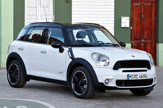 2011 Mini Cooper Countryman: Like a Mini, Only Bigger - New Car Review featured image large thumb24
