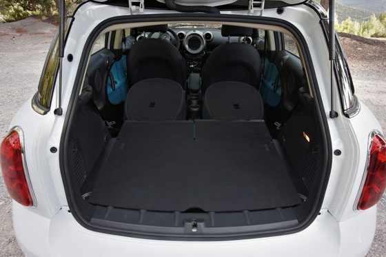 2011 Mini Cooper Countryman: Like a Mini, Only Bigger - New Car Review featured image large thumb26