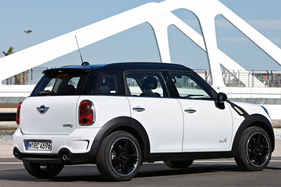 2011 Mini Cooper Countryman: Like a Mini, Only Bigger - New Car Review featured image large thumb28