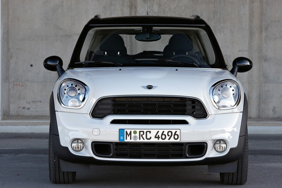 2011 Mini Cooper Countryman: Like a Mini, Only Bigger - New Car Review featured image large thumb33