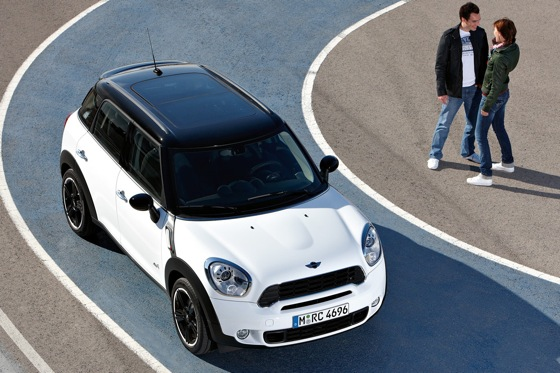 2011 Mini Cooper Countryman: Like a Mini, Only Bigger - New Car Review featured image large thumb36