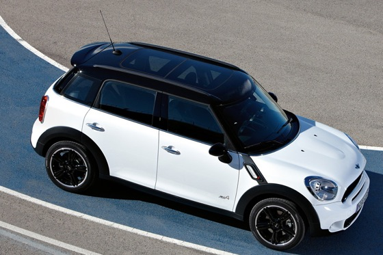 2011 Mini Cooper Countryman: Like a Mini, Only Bigger - New Car Review featured image large thumb37