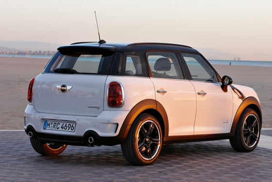 2011 Mini Cooper Countryman: Like a Mini, Only Bigger - New Car Review featured image large thumb38