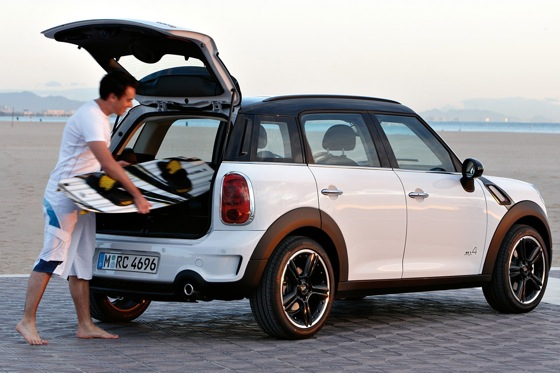 2011 Mini Cooper Countryman: Like a Mini, Only Bigger - New Car Review featured image large thumb39