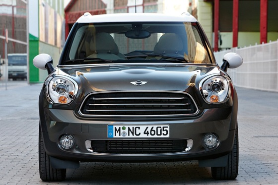 2011 Mini Cooper Countryman: Like a Mini, Only Bigger - New Car Review featured image large thumb8