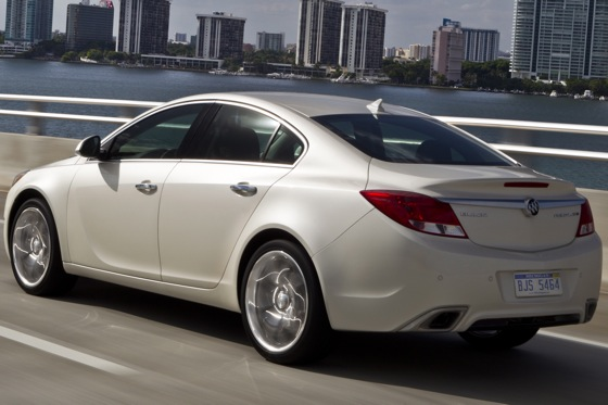 Buick Regal GS Launches in Miami Beach featured image large thumb2