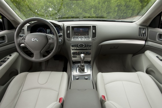 2011 Infiniti G25 - First Drive featured image large thumb3
