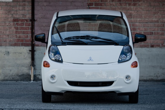 2012 Mitsubishi I-MiEV - Electric Benefits Meet Electric Anxiety featured image large thumb1