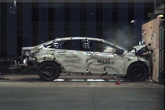 The 2012 Ford Focus Takes a Crash Course featured image large thumb0