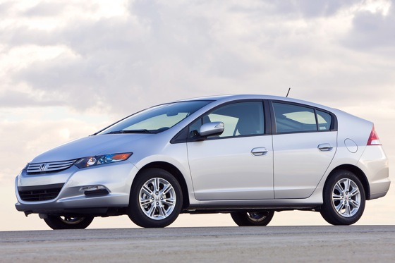 Lower Priced Version of the Honda Insight for 2011 featured image large thumb0