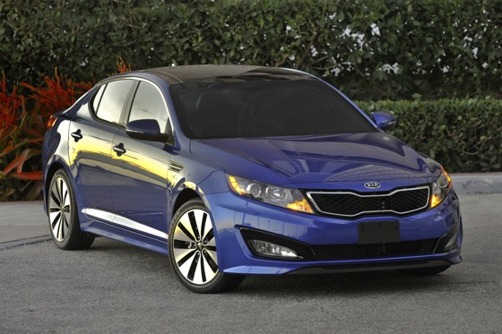 Kia Adds a Turbo Version to Optima Lineup featured image large thumb1