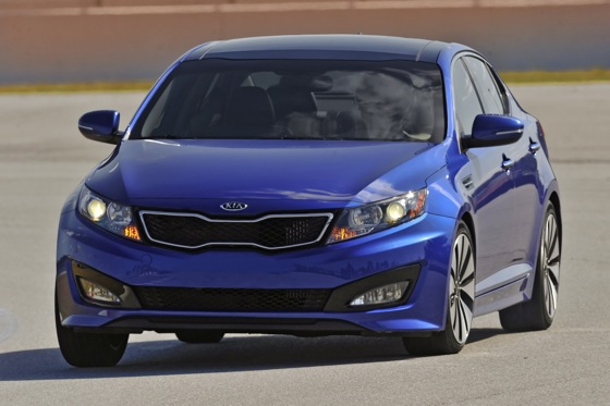 Kia Adds a Turbo Version to Optima Lineup featured image large thumb2