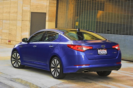 Kia Adds a Turbo Version to Optima Lineup featured image large thumb3